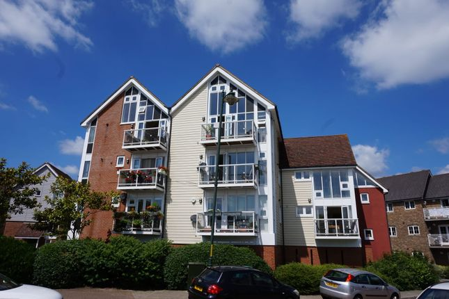 Thumbnail Flat for sale in Lindel Court, West Malling