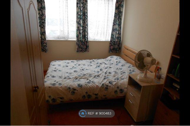 Bedroom 2 of Navestock Crescent, Woodford IG8