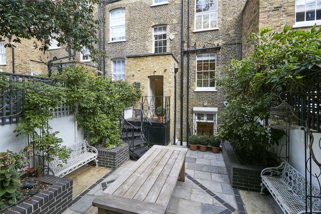 Picture No. 19 of Cheltenham Terrace, Chelsea, London SW3
