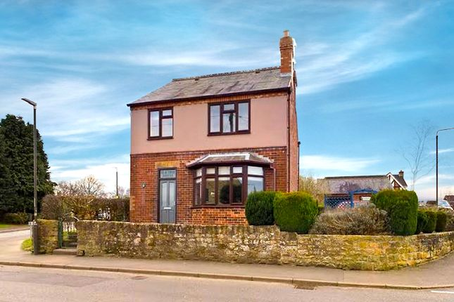 Thumbnail Detached house for sale in Town End, Shirland