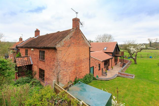 Thumbnail Detached house for sale in Swannington, Norwich