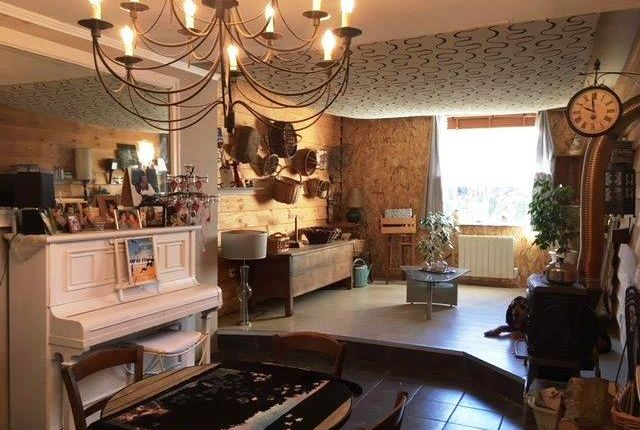 Town house for sale in Bugeat (Commune), Bugeat, Ussel, Corrèze, Limousin, France