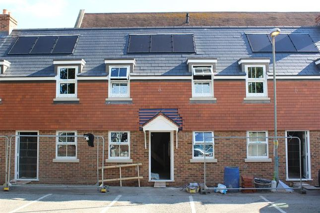 Thumbnail Cottage for sale in Bowling Green Alley, Poole