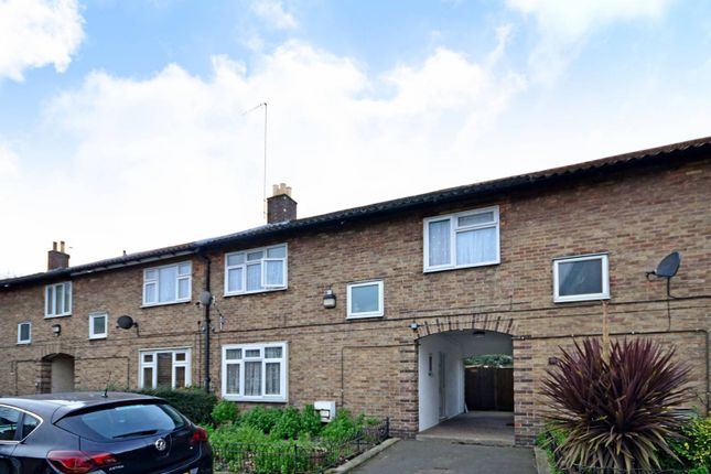 3 bed property for sale in Prout Road, Upper Clapton