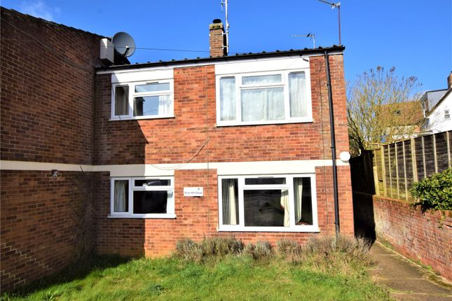 Picture No. 03 of Brae Hill Close, Aylesbury, Buckinghamshire HP18