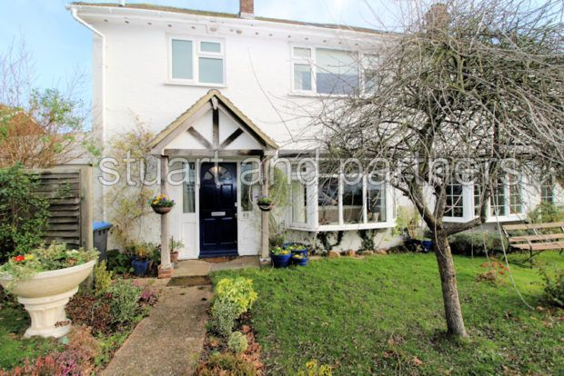 Thumbnail Semi-detached house to rent in Finches Gardens, Lindfield