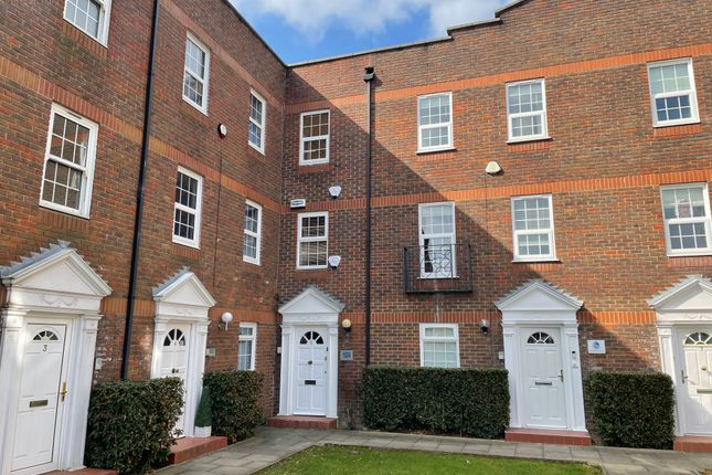 Thumbnail Office for sale in Station Approach, Wickford