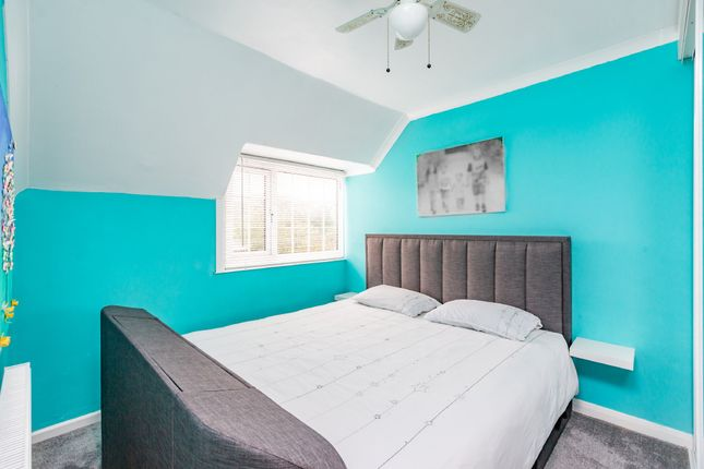 Bedroom of Main Road, Longfield DA3