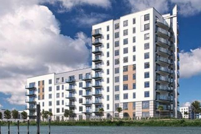 Thumbnail Flat for sale in Peninsula Quay, Victory Pier, Pearl Lane, Gillingham