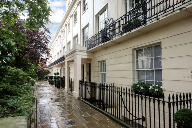 Thumbnail Flat for sale in Chester Place, London