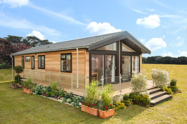 2 bed lodge for sale in Belvedere Resorts, Belvedere Resorts, Maidstone ME15