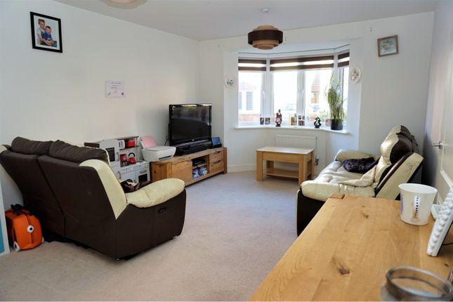 Living Room of Copper Close, Eastleigh SO50
