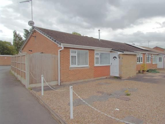 Thumbnail Bungalow for sale in Chitterman Way, Markfield, Leicester, Leicestershire