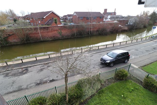 Picture 4 of Worsley Road, Eccles, Manchester, Greater Manchester M30
