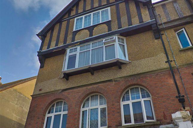 Thumbnail Flat to rent in Beach Road, Littlehampton