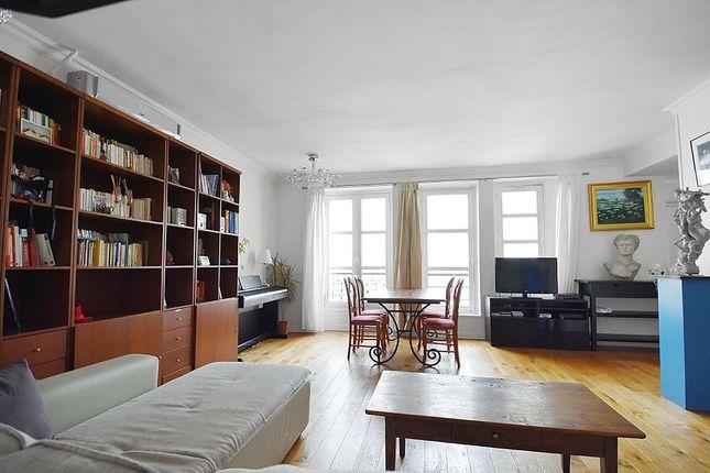 2 bed apartment for sale in Paris, Paris, France