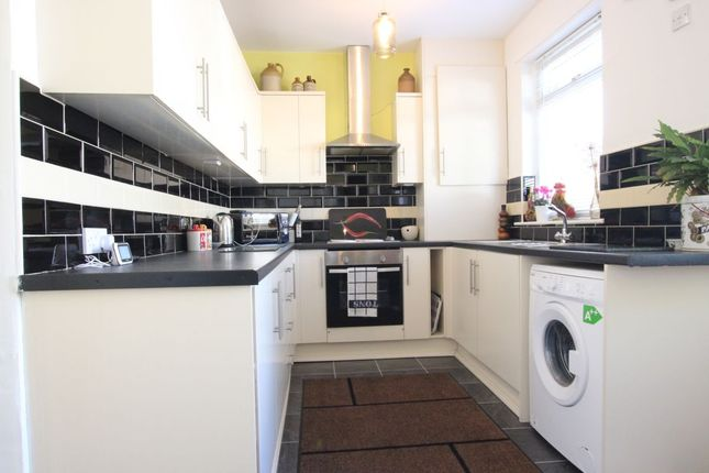Thumbnail Property to rent in South View West, Highfield, Rowlands Gill
