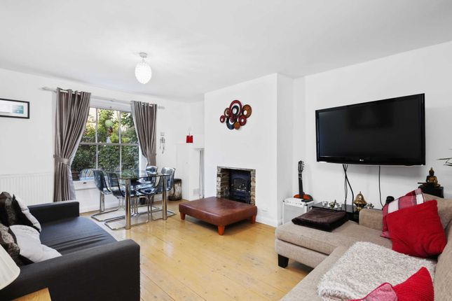 Thumbnail Flat for sale in Coningham Road, London