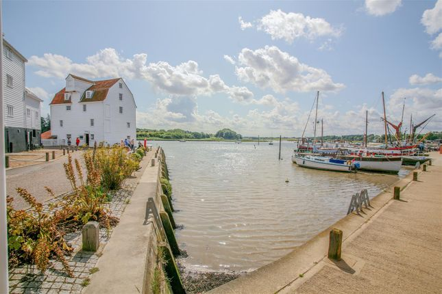 Thumbnail Flat for sale in Deben Wharf, Tide Mill Way, Woodbridge