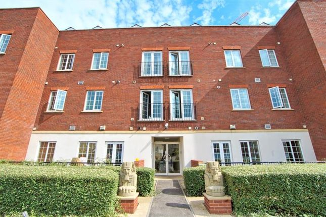 Thumbnail Flat to rent in Parade Court, Speedwell, Bristol
