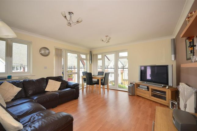 Thumbnail Flat for sale in Friars View, Aylesford, Kent
