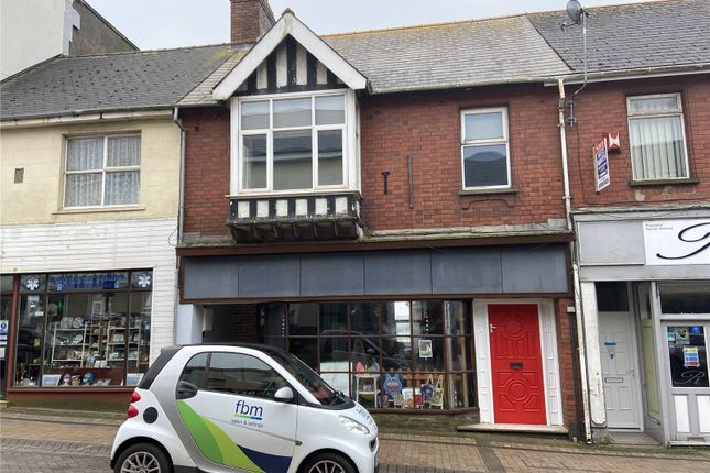 1 bed flat to rent in The Flat, Charles Street, Milford Haven, Pembrokeshire SA73