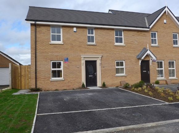 Thumbnail Town house to rent in Mornington Court, Lisburn