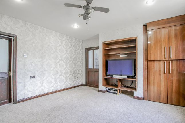 3 bed end terrace house for sale in Limbrick, Blackburn BB1