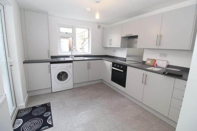 4 bed property to rent in Alexander Street, Cathays, Cardiff CF24
