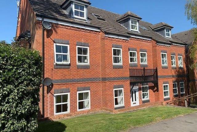 2 bed flat to rent in Marlborough Mews, Alcester Road, Studley B80