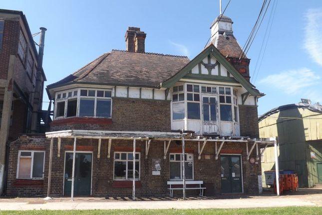 Office to let in Platts Eyot, Hampton