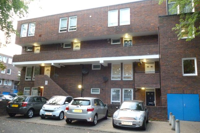 Flat for sale in Dickens Lane, Enfield