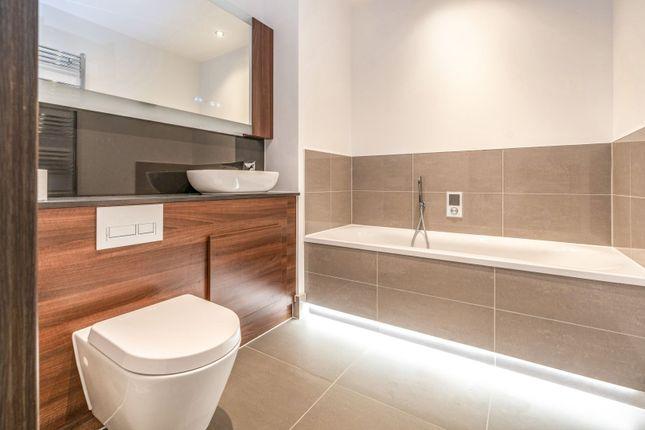 Bathroom of Waterhouse Avenue, Maidstone ME14