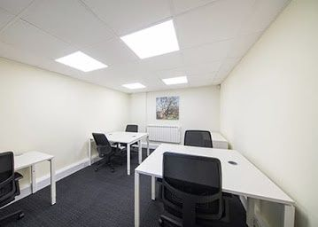 Office to let in Lime Kiln, Royal Wootton Bassett, Swindon