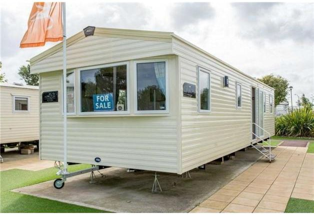 Thumbnail Mobile/park home for sale in Showground, Weymouth