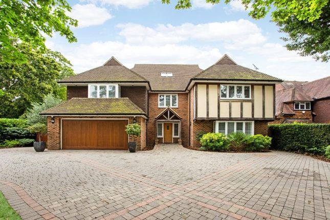 Thumbnail Detached house for sale in Longaford Way, Hutton, Brentwood, Essex