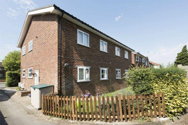 Thumbnail Maisonette to rent in Great Central Avenue, Ruislip, Greater London