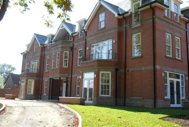 Thumbnail Flat to rent in Greenmount Lane, Heaton, Bolton