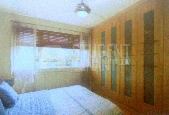 Thumbnail Shared accommodation to rent in Grand Walk, Solebay Street, London
