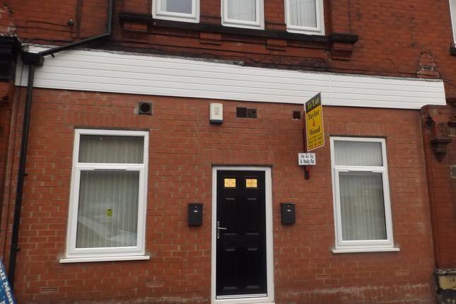 Thumbnail Flat to rent in Turner Lane, Ashton