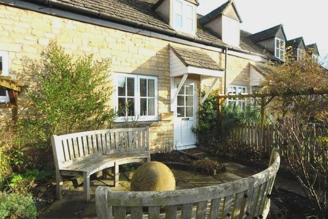 Thumbnail Cottage for sale in 2 Noel Court, High Street, Chipping Campden