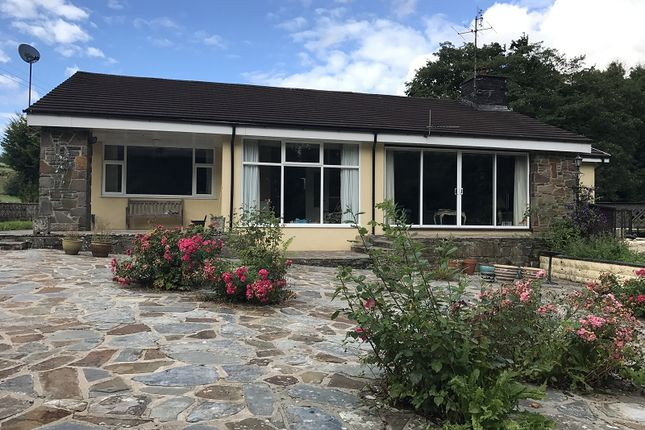 3 bed bungalow for sale in Hunters Lodge Pontynyswen, Nantgaredig, Carmarthen, Carmarthenshire.