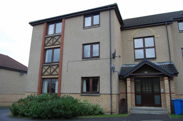 Thumbnail Flat to rent in 8, Colton Court, Dunfermline, Fife KY12,