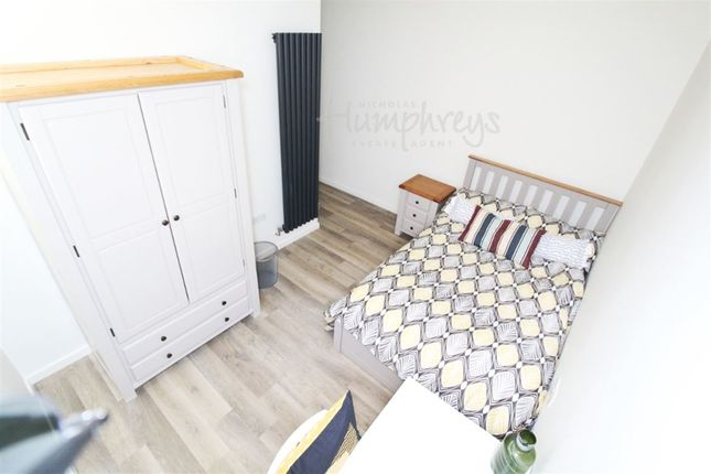 Thumbnail Room to rent in Bells Square, Sheffield