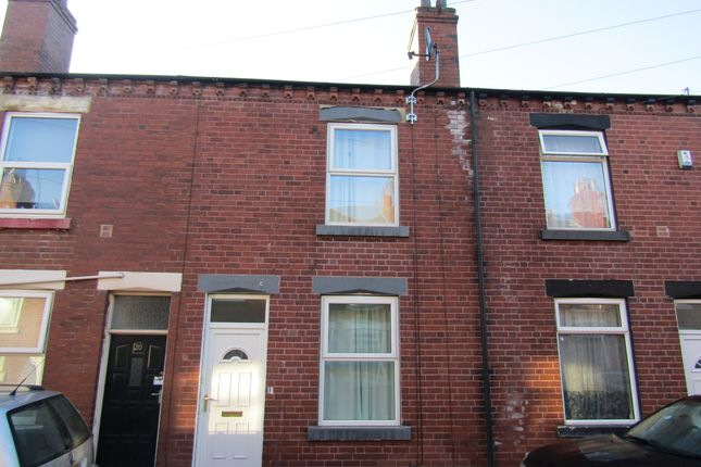 Thumbnail Terraced house to rent in Warwick Street, Wakefield