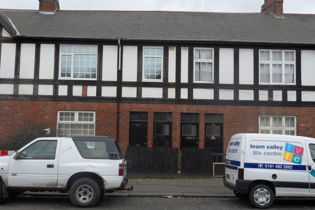 Thumbnail Flat to rent in Elswick Road, Elswick