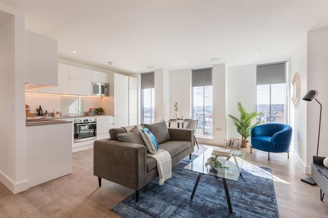 Thumbnail Flat to rent in Hadrian's Tower, Rutherford Street, Newcastle Upon Tyne