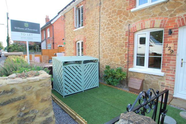 Thumbnail Terraced house to rent in Forest Road, Liss