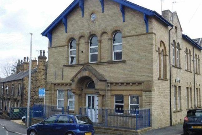 Thumbnail Flat to rent in Flat 1 Old School House, Ackroyd Street, Morley, Leeds