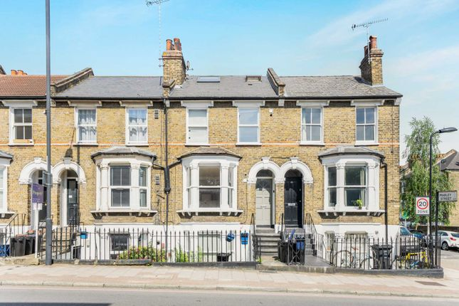 Thumbnail Flat for sale in Kenworthy Road, Hackney
